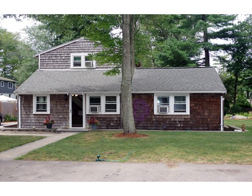 Single Family Home for Sale at 18 Edgewood Road Holbrook, Massachusetts 02343 United States