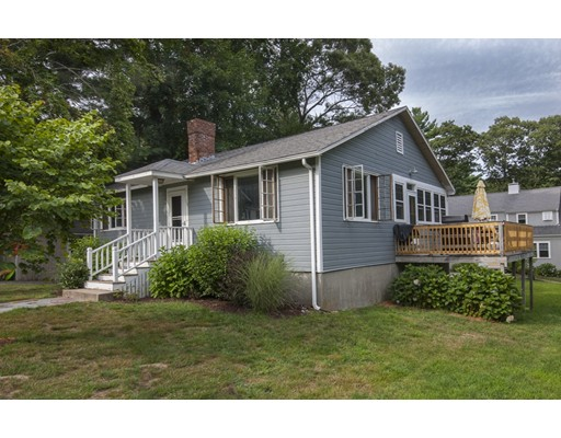 Casa Unifamiliar por un Alquiler en 19 Priscilla Avenue 19 Priscilla Avenue Duxbury, Massachusetts 02332 Estados Unidos