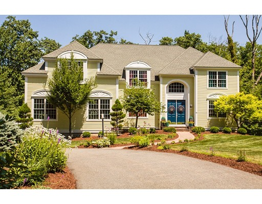 独户住宅 为 销售 在 11 Monroe Drive 11 Monroe Drive 阿克顿, 马萨诸塞州 01720 美国