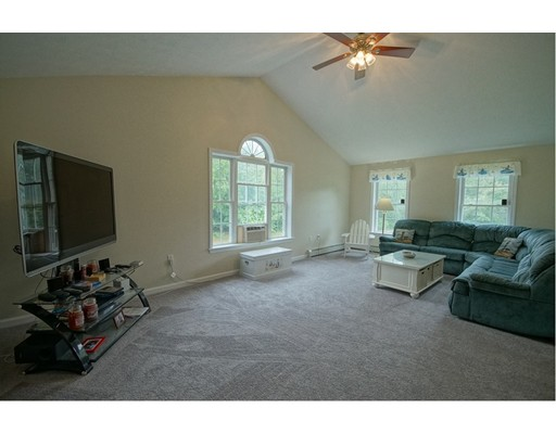 Single Family Home for Sale at 9 Morningside Drive Derry, New Hampshire 03038 United States