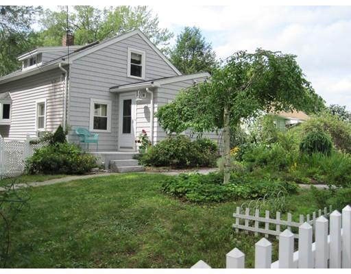 Частный односемейный дом для того Продажа на 19 Oakland Drive Auburn, Массачусетс 01501 Соединенные Штаты