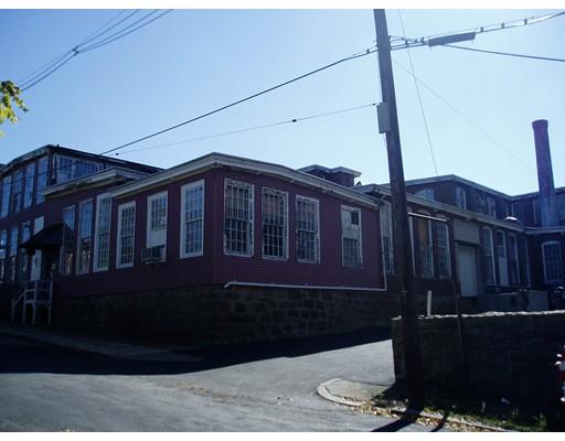 Comercial por un Venta en 89 Globe Mills 89 Globe Mills Fall River, Massachusetts 02724 Estados Unidos