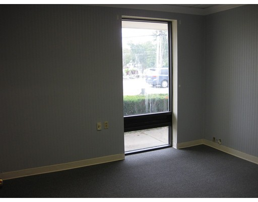 Commercial for Rent at 538 Bedford Street Abington, Massachusetts 02351 United States
