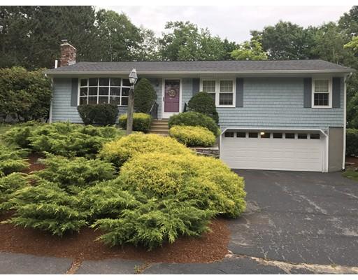Casa Unifamiliar por un Venta en 25 Sandy Glen Drive Holden, Massachusetts 01520 Estados Unidos