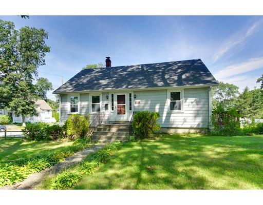 واحد منزل الأسرة للـ Sale في 17 Glen Avenue Burlington, Massachusetts 01803 United States