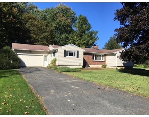 独户住宅 为 销售 在 126 Mountain Drive 126 Mountain Drive 皮茨菲尔德, 马萨诸塞州 01201 美国