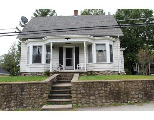 Maison unifamiliale pour l Vente à 22 Cook Street Douglas, Massachusetts 01516 États-Unis