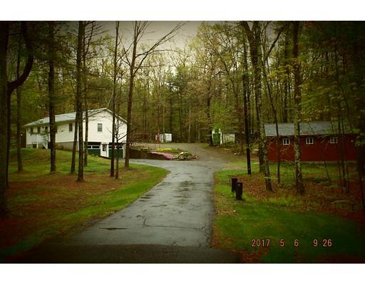 Maison unifamiliale pour l Vente à 59 Grove Street Douglas, Massachusetts 01516 États-Unis