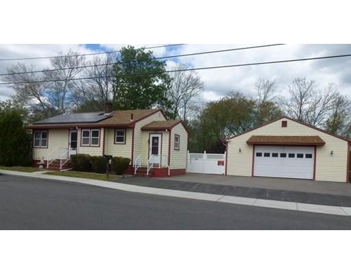 Частный односемейный дом для того Продажа на 75 Potter Street Dartmouth, Массачусетс 02748 Соединенные Штаты