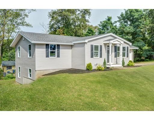 Single Family Home for Sale at 8 Arrowhead Road 8 Arrowhead Road Bellingham, Massachusetts 02019 United States
