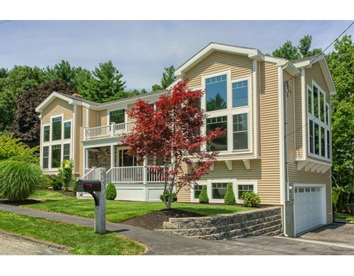 Maison unifamiliale pour l Vente à 21 Harrison Avenue Peabody, Massachusetts 01960 États-Unis