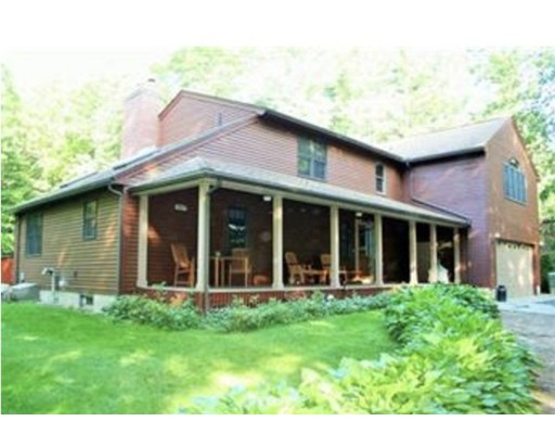 Single Family Home for Sale at 364 Thompson Road Webster, Massachusetts 01570 United States