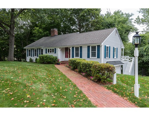 Casa Unifamiliar por un Venta en 6 Crooked Meadow Lane Hingham, Massachusetts 02043 Estados Unidos