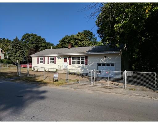 独户住宅 为 销售 在 119 Everett street 119 Everett street Lawrence, 马萨诸塞州 01843 美国