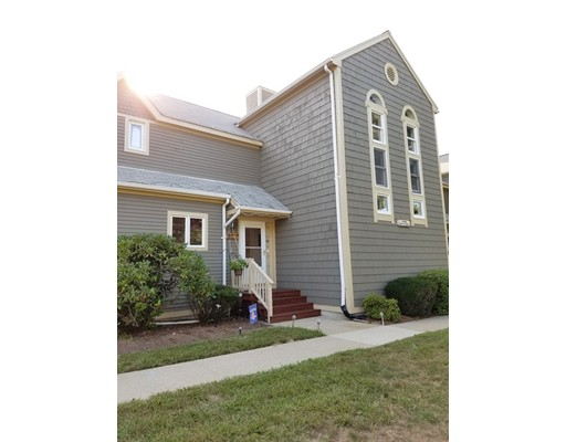 شقة بعمارة للـ Sale في 16 Devlin Circle Blackstone, Massachusetts 01504 United States