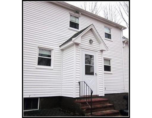 Casa Unifamiliar por un Alquiler en 176 Pond Street 176 Pond Street Sharon, Massachusetts 02067 Estados Unidos