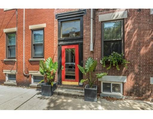 Appartement en copropriété pour l Vente à 15 Medford Street Chelsea, Massachusetts 02150 États-Unis