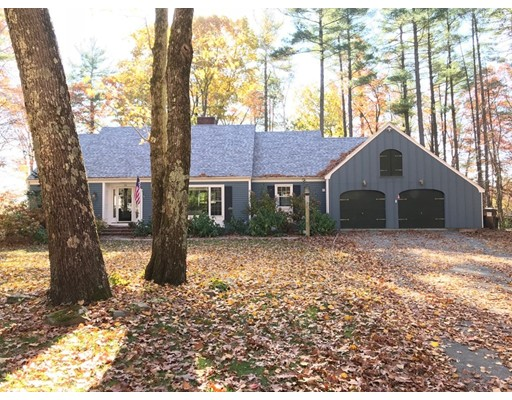 Single Family Home for Sale at 16 Woodvue Road 16 Woodvue Road Windham, New Hampshire 03087 United States