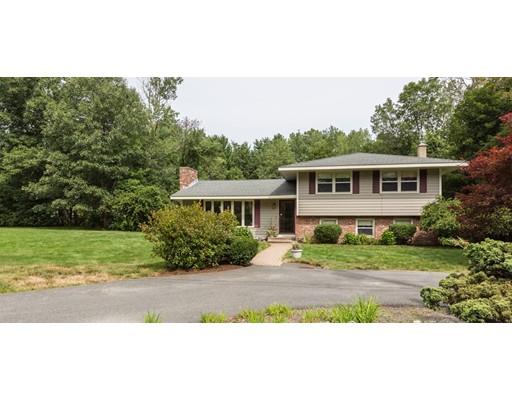 Casa Unifamiliar por un Venta en 533 Wattaquadock Bolton, Massachusetts 01740 Estados Unidos