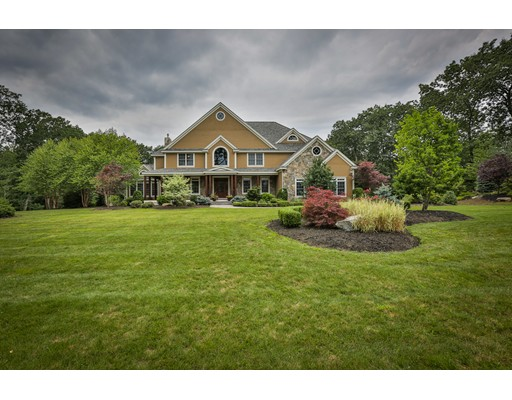 Single Family Home for Sale at 15 Bennington Road Windham, New Hampshire 03087 United States