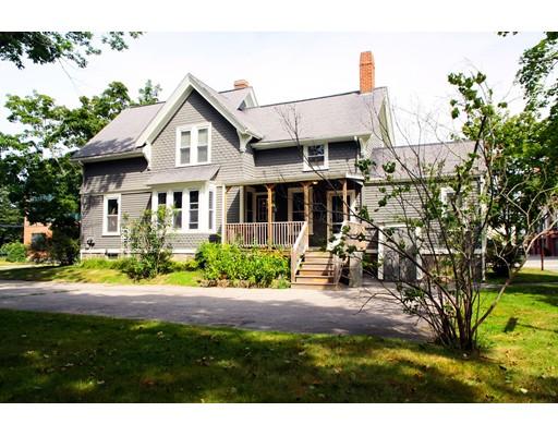 多户住宅 为 销售 在 141 Rumford Avenue 141 Rumford Avenue Mansfield, 马萨诸塞州 02048 美国