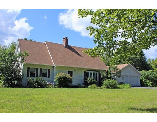 Single Family Home for Sale at 462 Little Mohawk Road Shelburne, Massachusetts 01370 United States