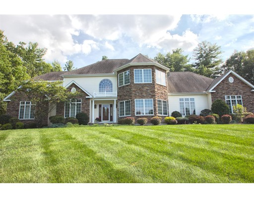 独户住宅 为 销售 在 17 Kashmir Drive Salem, 新罕布什尔州 03079 美国