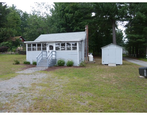 Maison unifamiliale pour l Vente à 3 Calvin Street Ayer, Massachusetts 01432 États-Unis