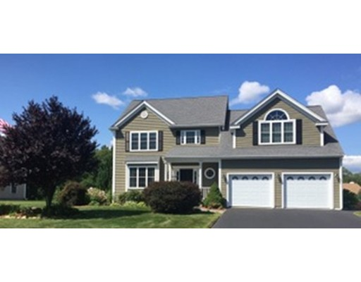 واحد منزل الأسرة للـ Sale في 18 Ridgewood Street Ashland, Massachusetts 01721 United States