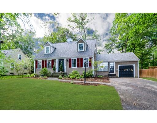 واحد منزل الأسرة للـ Sale في 82 Morse Avenue Dedham, Massachusetts 02026 United States