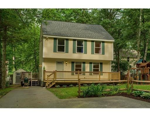 واحد منزل الأسرة للـ Sale في 40 Tavern Road Groton, Massachusetts 01450 United States