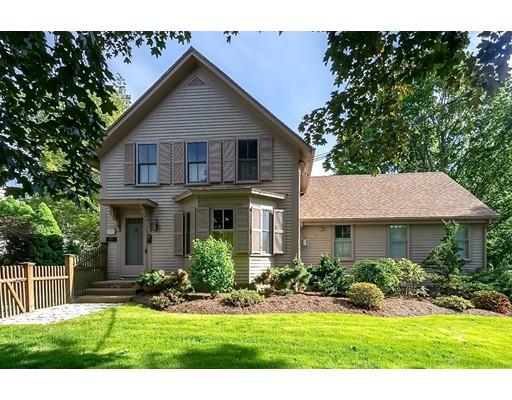 Частный односемейный дом для того Продажа на 503 Lowell Street Wakefield, Массачусетс 01880 Соединенные Штаты