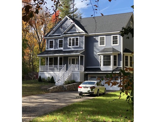 Single Family Home for Sale at 291 Elm Street North Reading, Massachusetts 01864 United States