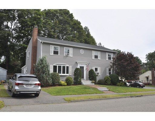 واحد منزل الأسرة للـ Sale في 14 Kimberly Drive Danvers, Massachusetts 01923 United States