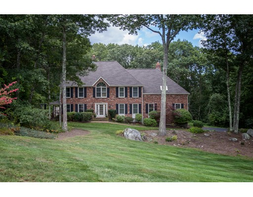 14 Hidden Brick Road, Hopkinton, MA 01748