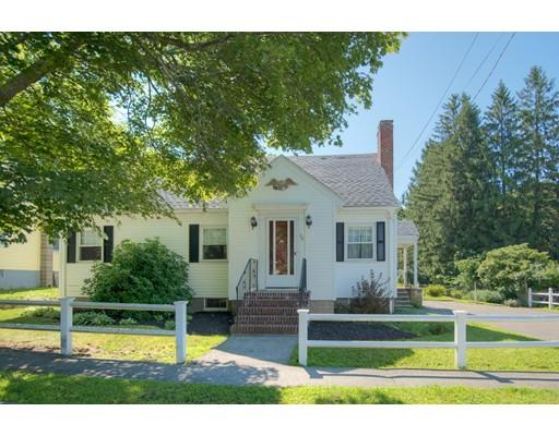 Maison unifamiliale pour l Vente à 38 Giles Avenue Beverly, Massachusetts 01915 États-Unis
