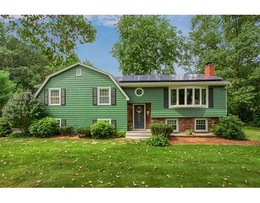 واحد منزل الأسرة للـ Sale في 7 Schofield Street Chelmsford, Massachusetts 01824 United States