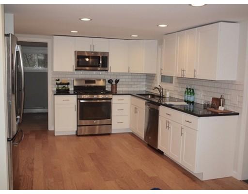 独户住宅 为 销售 在 27 Hilldale 米德尔顿, 01949 美国