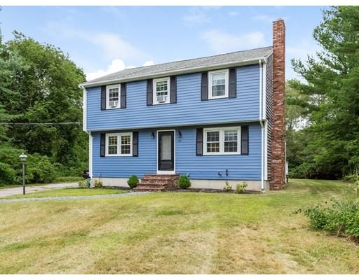 Частный односемейный дом для того Продажа на 29 Hudson Street Halifax, Массачусетс 02338 Соединенные Штаты