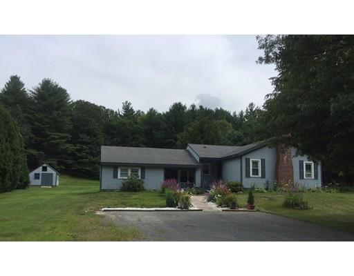 Maison unifamiliale pour l Vente à 33 Strowbridge Road Northfield, Massachusetts 01360 États-Unis