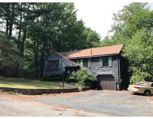 واحد منزل الأسرة للـ Sale في 14 Pine Street Bellingham, Massachusetts 02019 United States