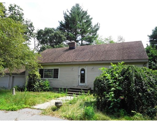 851 Forest St, North Andover, MA 01845