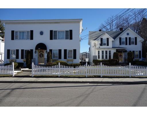Maison avec plusieurs logements pour l Vente à 111 East Street North Attleboro, Massachusetts 02760 États-Unis