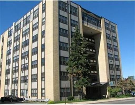 独户住宅 为 出租 在 340 Main Street 梅尔罗斯, 马萨诸塞州 02176 美国