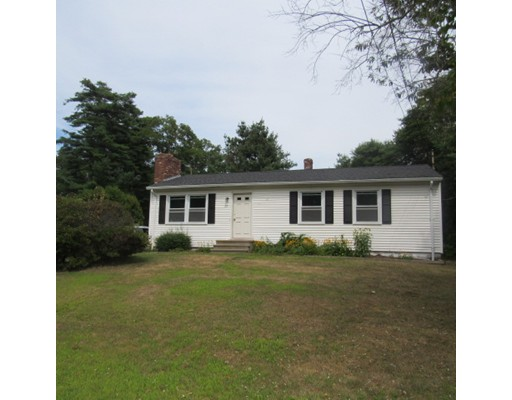 Maison unifamiliale pour l Vente à 22 SHARON Avenue Dartmouth, Massachusetts 02747 États-Unis