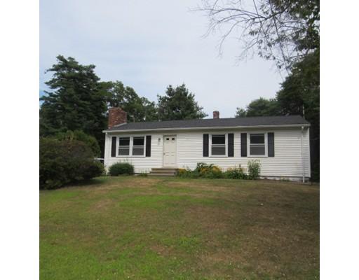 واحد منزل الأسرة للـ Sale في 22 SHARON Avenue Dartmouth, Massachusetts 02747 United States