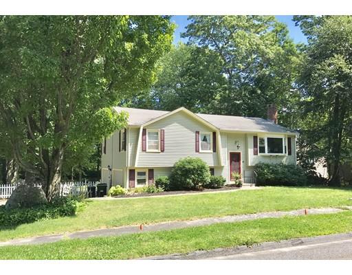 Casa Unifamiliar por un Venta en 49 CEDAR ROAD Holden, Massachusetts 01520 Estados Unidos