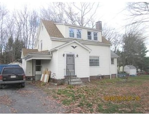 Single Family Home for Rent at 204 W Main Street Dudley, Massachusetts 01571 United States
