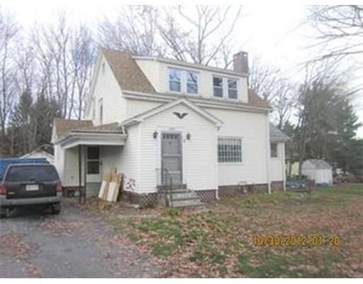 Casa Unifamiliar por un Alquiler en 204 W Main Street Dudley, Massachusetts 01571 Estados Unidos