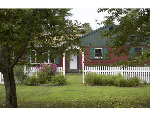 6 Bearskin Farm Rd, North Smithfield, RI 02896